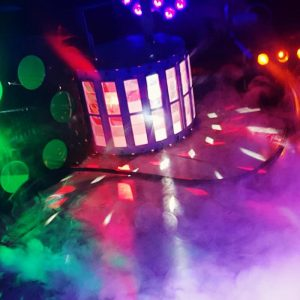 השכרת תאורה למסיבה, איך תדעו מה נכון עבור האירוע שלכם?