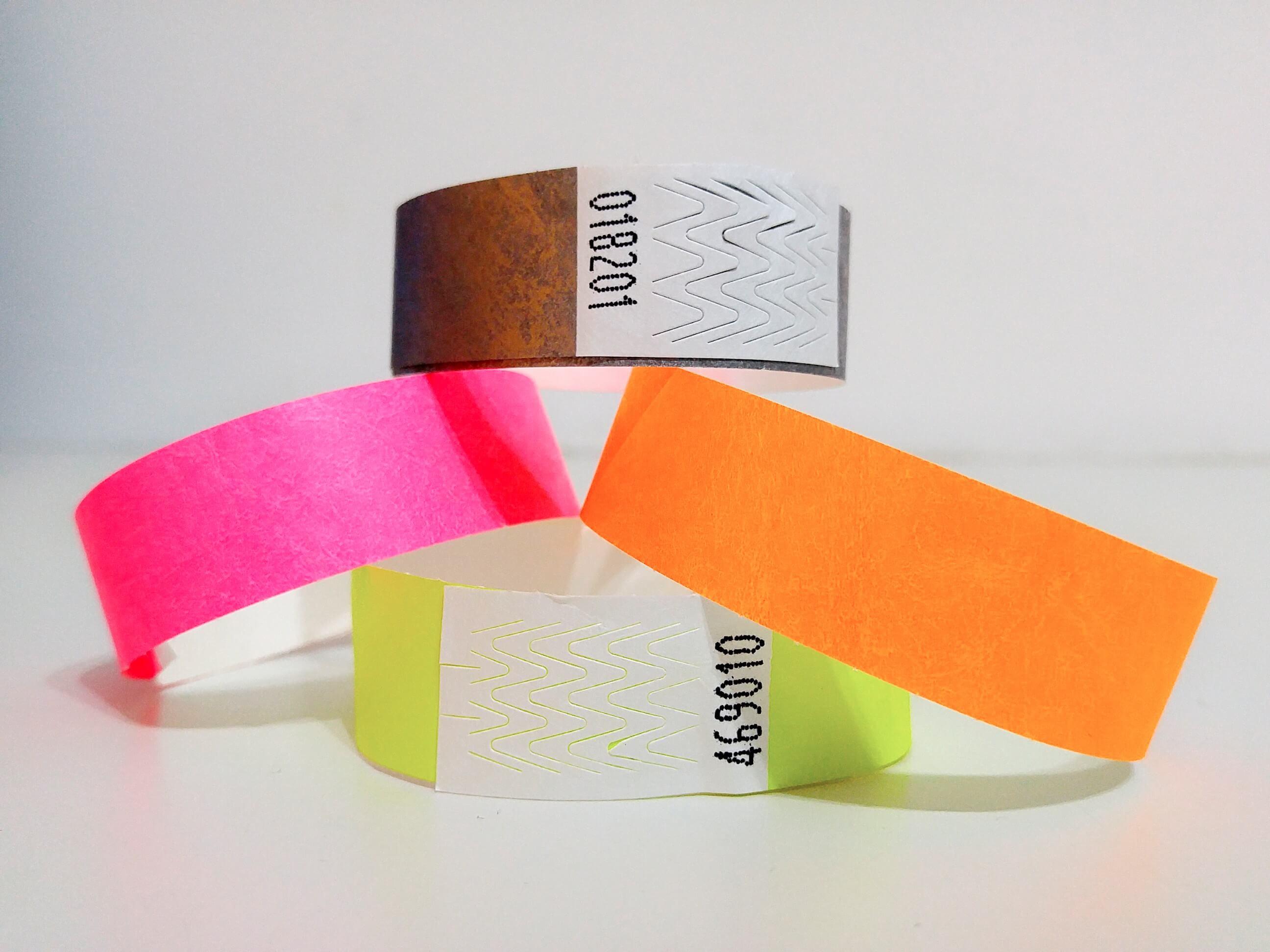 צמידי זיהוי נייר למסיבות